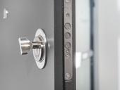Při výběru vchodových dveří se zaměřte především na bezpečnost.