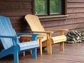 SOKRATES Sedlácká barva výrazně zkrášluje dřevo a dokonale vykresluje texturu dřeva.