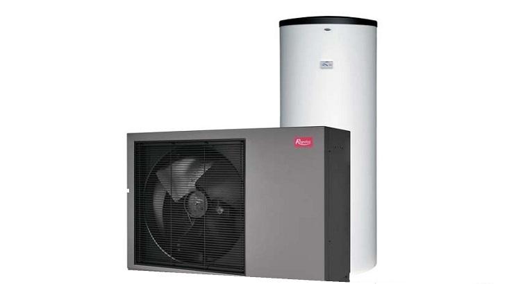 Sestava RTC 6i 300 s jednofázovým tepelným čerpadlem s invertorem pro chlazení, vytápění a přípravu TV.