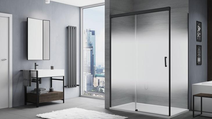 CADURA Black Line - Jednodílné posuvné dveře s pevnou stěnou v rovině a boční stěna v 90°. Vanička LIVADA.